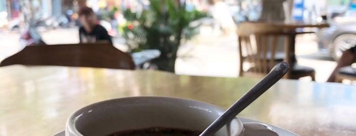 Café Window is one of Tempat yang Disukai Masahiro.