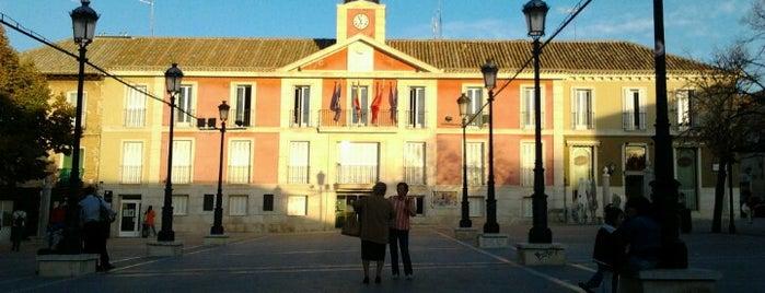Ayuntamiento De Aranjuez is one of Tempat yang Disukai Jonatan.