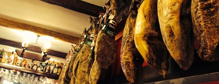 Jamon Y Vino is one of Barcelona.