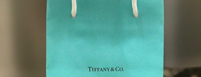 Tiffany & Co. is one of Lieux qui ont plu à Joy 🍀.