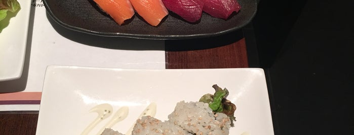 sushi&bistro dining 桜 is one of สถานที่ที่ Terrence ถูกใจ.
