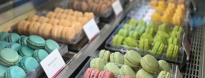 Le Macaron Venetian is one of Cassie : понравившиеся места.