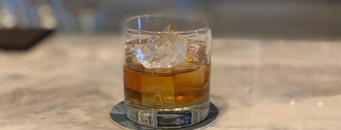 Cork Wine Bar is one of Lieux qui ont plu à Robert.