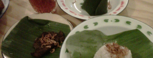 "Nasi Uduk ""Duile"" is one of Locais curtidos por Zammil."