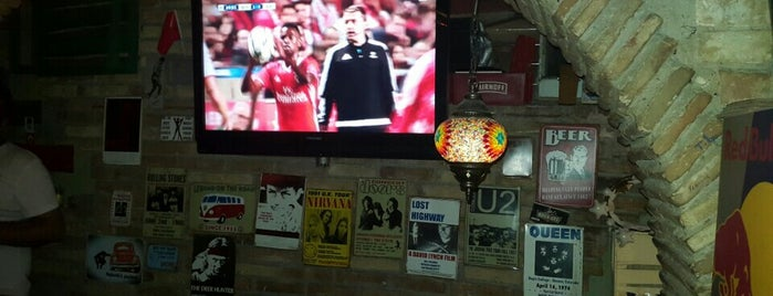 Paddy's Pub is one of İlk Fırsatta Gidelim :).