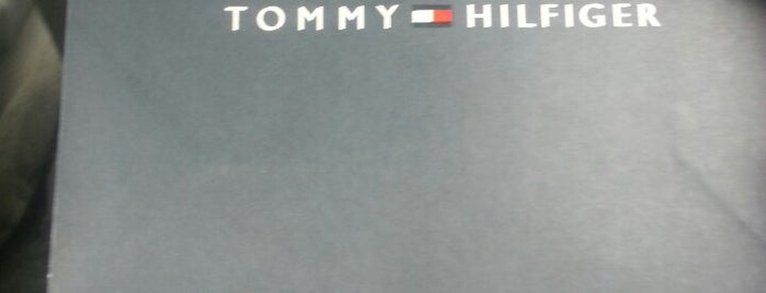 Tommy Hilfiger is one of Locais curtidos por Yaxaiira.