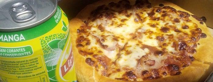 Pizza Hut is one of Tempat yang Disukai Katia.