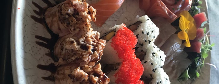 Up To Sushi is one of Comida Asiatica.