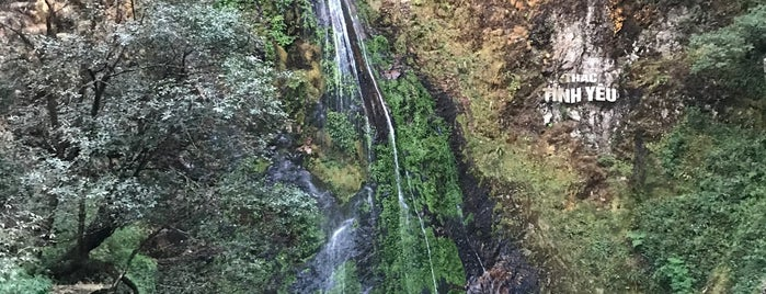 Thác Tình Yêu (Love Waterfall) is one of vietnam.