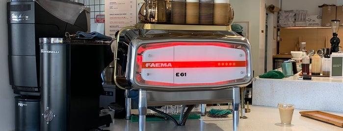Kumquat Coffee is one of Tempat yang Disimpan Whit.