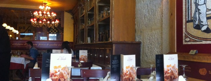 Tagliatella is one of Restaurantes Ourense.