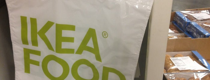 IKEAfood Swedish Food Market is one of Locais curtidos por Chuck.