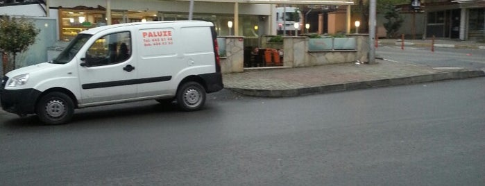 Paluze Pastanesi is one of สถานที่ที่ k&k ถูกใจ.