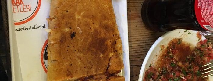 Ütülü Tost & Şalgam is one of kahvalti sepeti.