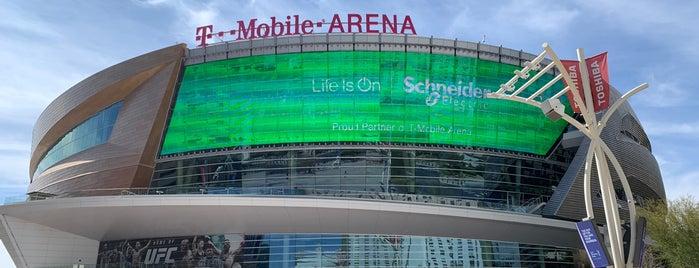 T-Mobile Arena is one of Brandon'un Beğendiği Mekanlar.