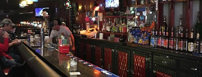Dee's Bar is one of Lieux sauvegardés par Jenny.