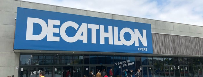 Decathlon is one of Locais curtidos por Philippe.