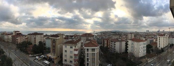 Intay Tavşantepe Sitesi is one of Emre AÖ'nun Beğendiği Mekanlar.