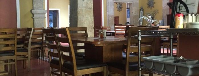 Casa Velarde, Comida y vino is one of antros y bares.