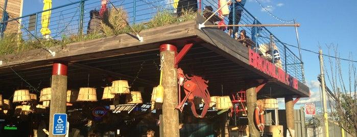 Brooklyn Crab is one of NYC Summer Bucket List.