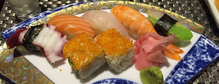 SUSHI WORLD TAN SON NHAT is one of HCMC.