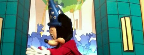 Mickey Mouse Meet n' Greet is one of Walt Disney World.