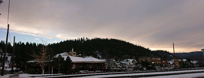 Town of Truckee is one of Califórnia.