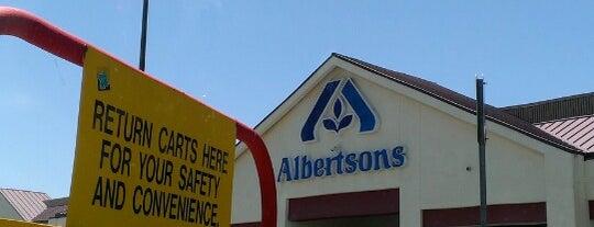 Albertsons is one of Locais curtidos por DJ Lizzie.