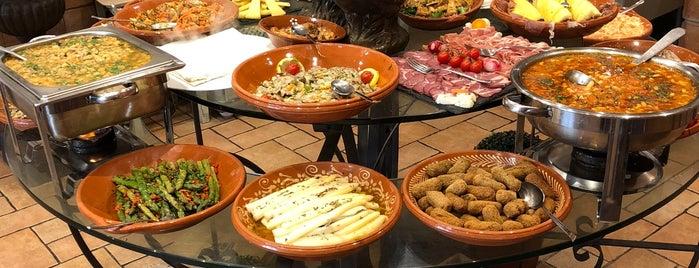 Restaurante Casa Do Avô is one of Algarve Restaurants.