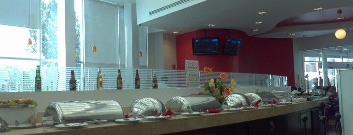 Liverpool Restaurante is one of Desayunos.