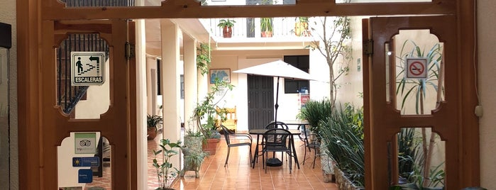 Hotel San Martín is one of Lugares favoritos de María.