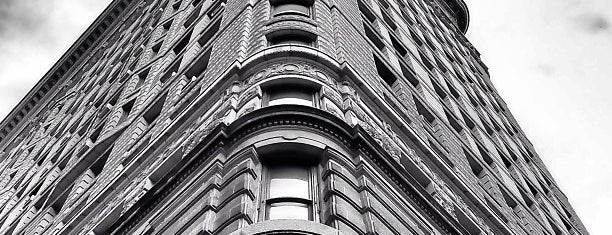 Flatiron Building is one of NYC Spots for Out of Towners.