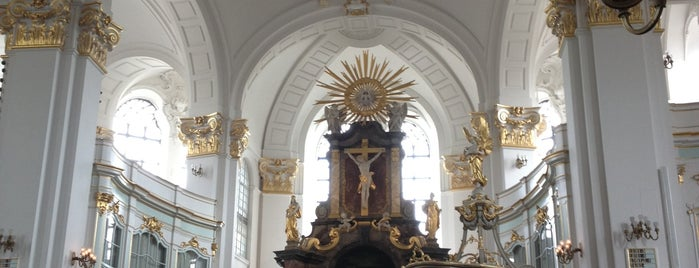 Iglesia de San Miguel is one of To-visit in Hamburg.