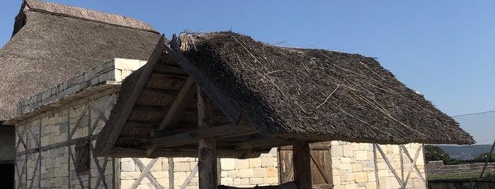 Klazomenai Antik Kenti is one of Özden : понравившиеся места.