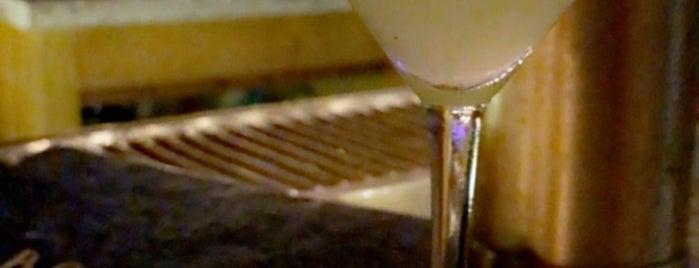 Bar 414 is one of Posti che sono piaciuti a Andy.
