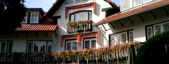 Bilderberg hotel Klein Zwitserland is one of Bart's Liked Places.