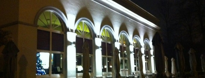 Brasserie De Drie Fonteinen is one of สถานที่ที่ Helene Eli ถูกใจ.