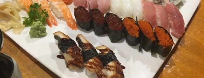 Hatsuhana Japanese Restaurant is one of Orte, die Anna gefallen.