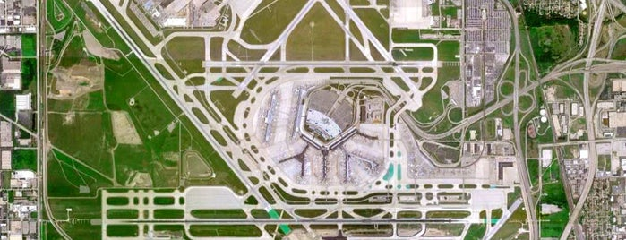 Aéroport international O'Hare de Chicago (ORD) is one of Foursquare City Int'l Airport.