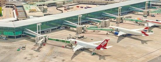 Aeropuerto Internacional de Ezeiza - Ministro Pistarini (EZE) is one of Foursquare City Int'l Airport.