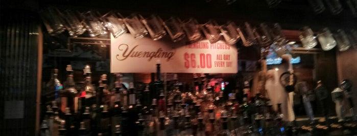 Hemingway's Cafe is one of Pittsburgh Bucket List.