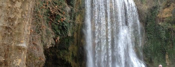 Cascada La Caprichosa is one of Tempat yang Disukai Jordi.