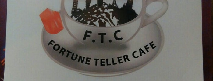 Fal Kahvesi F.T.C Fortune Teller Cafe is one of Locais curtidos por Nur.