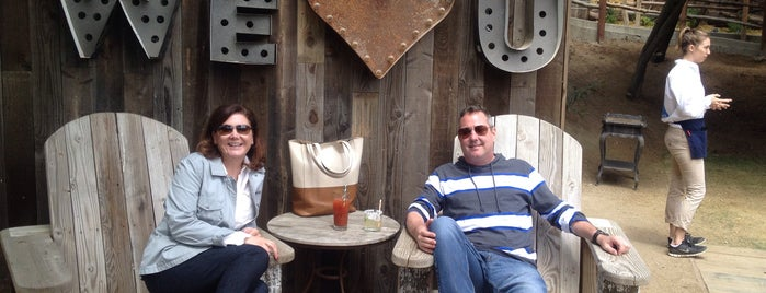 Malibu Family Wines Tasting Room is one of Gespeicherte Orte von Rowena.