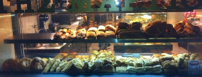 Φούρνος στη Μαρτίου is one of Posti che sono piaciuti a Chara.