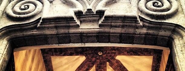 Palacio De Iturbide is one of Ciudad de México y alrededores.
