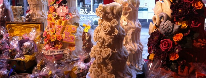Choccywoccydoodah is one of London.