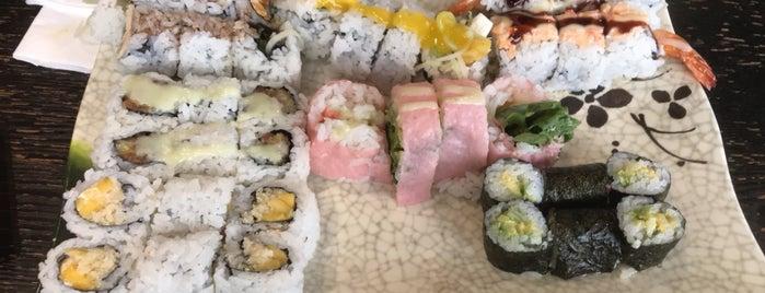 Osaka Sushi is one of สถานที่ที่ Amy ถูกใจ.