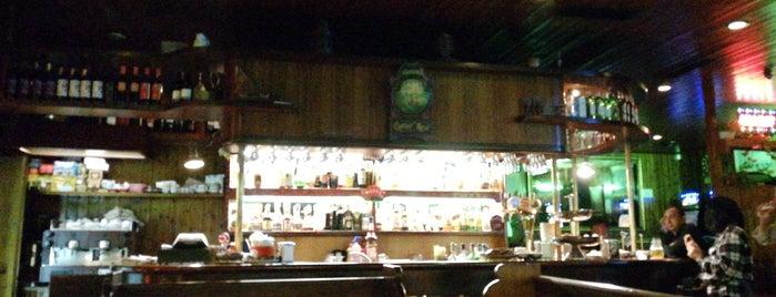 Carter's Pub is one of Mik : понравившиеся места.