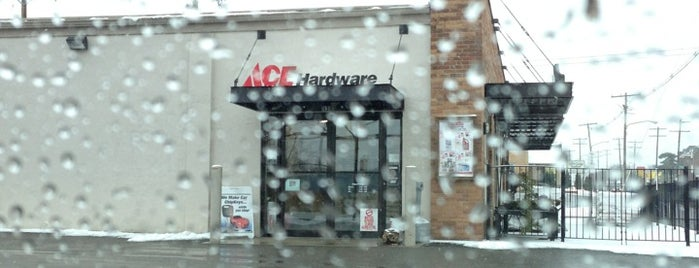 Schreiner Ace Hardware is one of Tempat yang Disukai John.